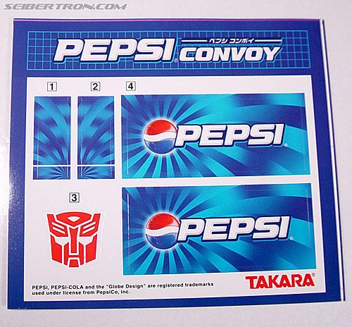 Transformers Classics Pepsi Optimus Prime (Pepsi Convoy) (Image #30 of 202)