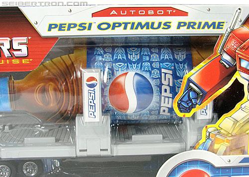 Transformers Classics Pepsi Optimus Prime (Pepsi Convoy) (Image #38 of 202)