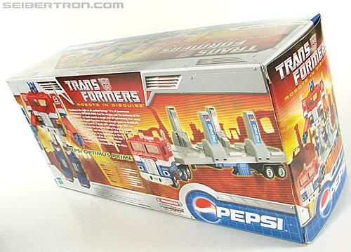Transformers Classics Pepsi Optimus Prime (Pepsi Convoy) (Image #42 of 202)
