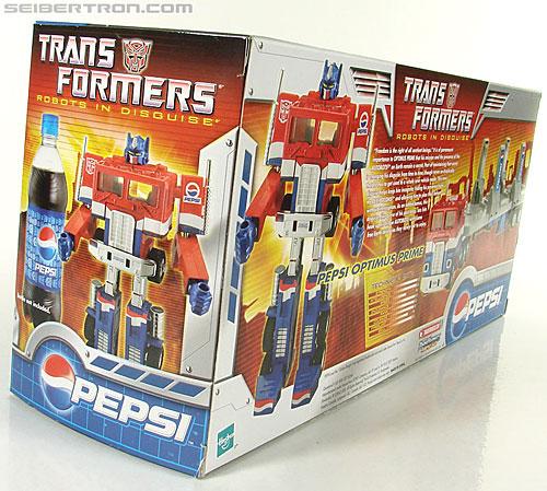 Transformers Classics Pepsi Optimus Prime (Pepsi Convoy) (Image #47 of 202)