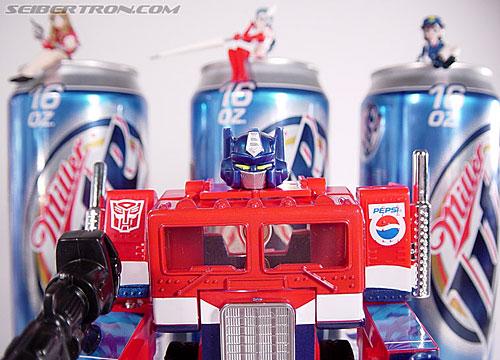 Transformers Classics Pepsi Optimus Prime (Pepsi Convoy) (Image #201 of 202)