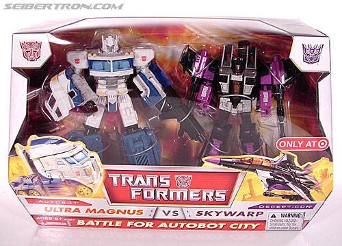Transformers Classics Ultra Magnus (Image #1 of 143)