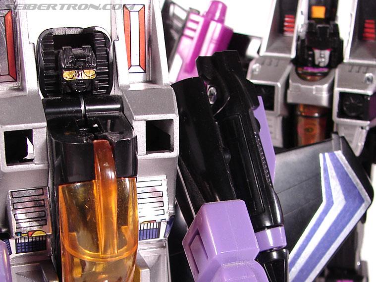 Transformers Classics Skywarp (Image #83 of 102)