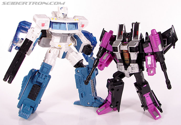 Transformers Classics Skywarp (Image #97 of 102)