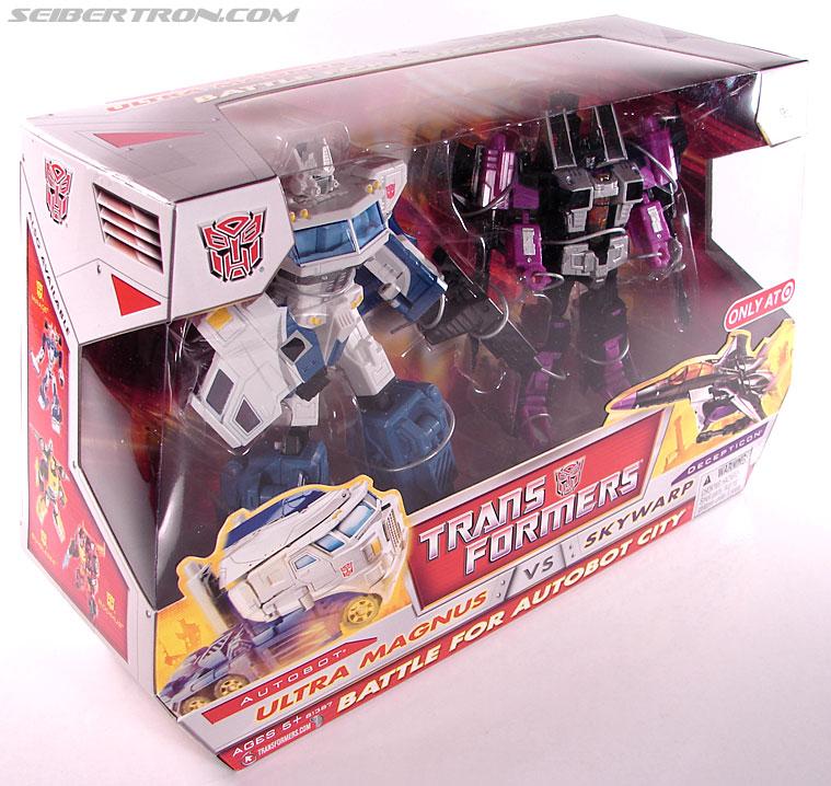 Transformers Classics Ultra Magnus (Image #7 of 143)