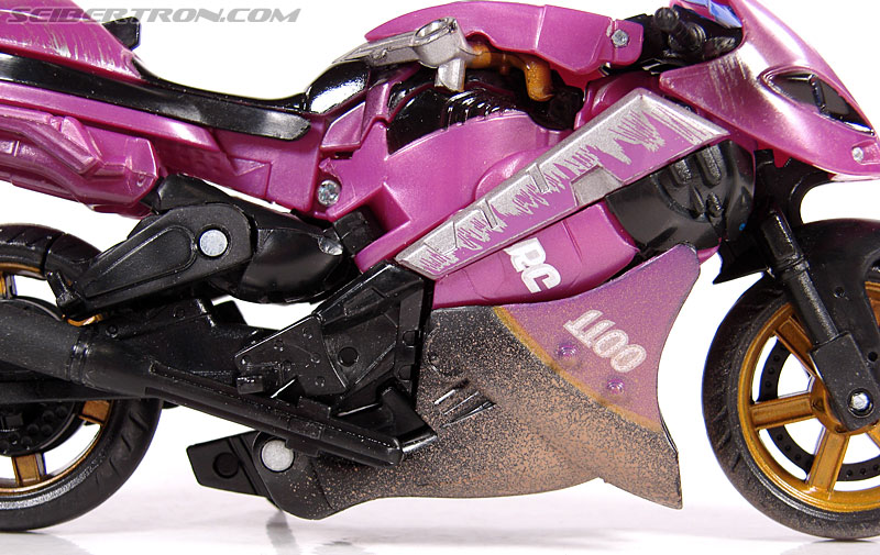 Transformers (2007) Battle Damaged Arcee (Image #10 of 72)