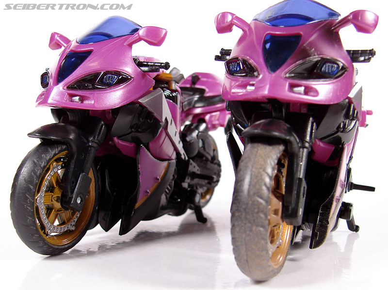 Transformers (2007) Battle Damaged Arcee (Image #24 of 72)