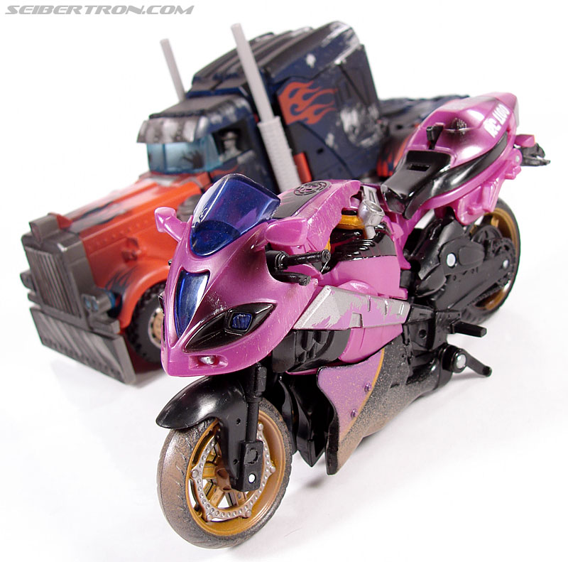 Transformers (2007) Battle Damaged Arcee (Image #32 of 72)