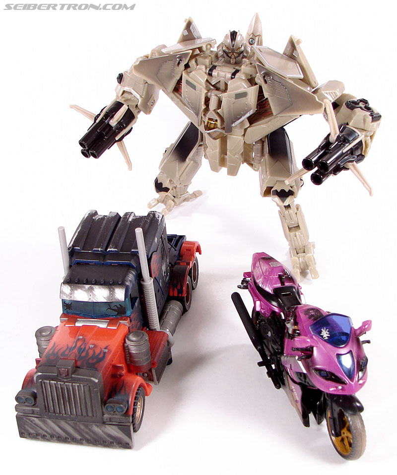 Transformers (2007) Battle Damaged Arcee (Image #35 of 72)