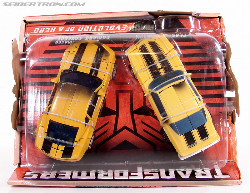 Transformers (2007) Battle Damaged Bumblebee (Image #21 of 99)