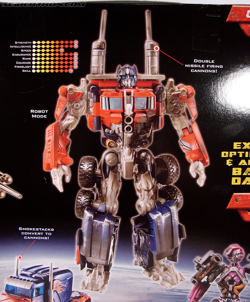 Transformers (2007) Battle Damaged Optimus Prime (Image #11 of 144)