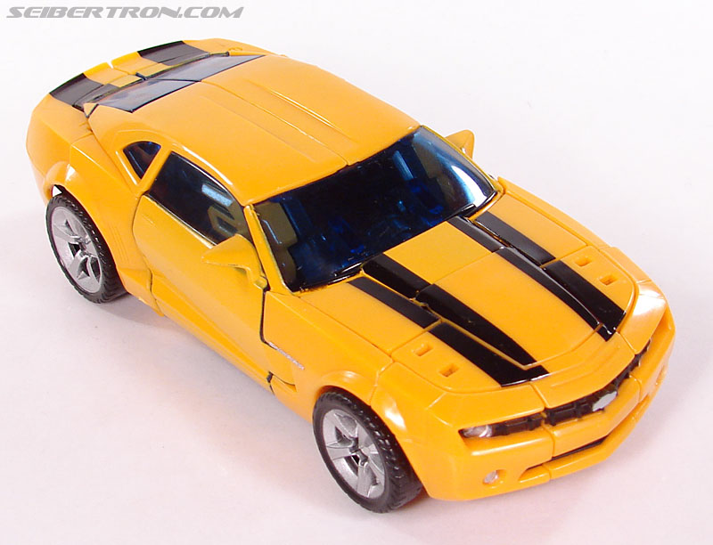 Transformers (2007) Bumblebee (Image #51 of 224)