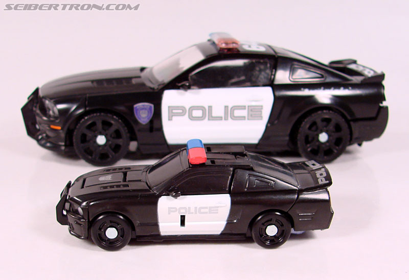 Transformers (2007) Barricade (Image #30 of 64)