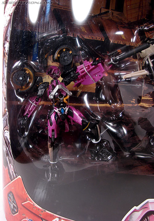 Transformers (2007) Battle Damaged Arcee (Image #2 of 72)