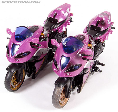 Transformers (2007) Battle Damaged Arcee (Image #23 of 72)