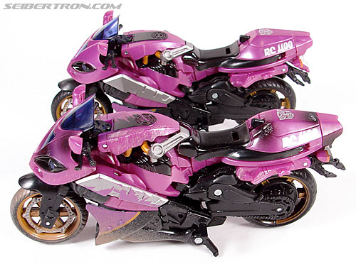 Transformers (2007) Battle Damaged Arcee (Image #25 of 72)