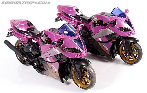 Transformers (2007) Battle Damaged Arcee (Image #29 of 72)