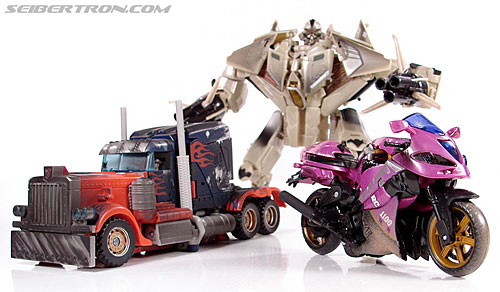 Transformers (2007) Battle Damaged Arcee (Image #34 of 72)