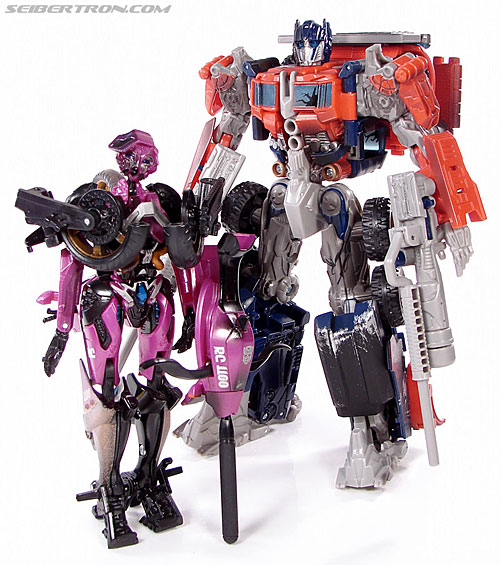 Transformers (2007) Battle Damaged Arcee (Image #60 of 72)