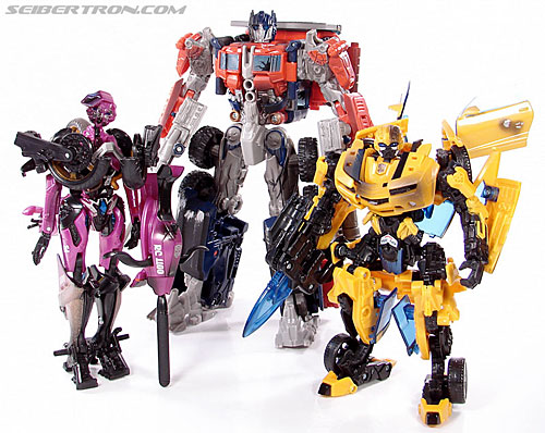 Transformers (2007) Battle Damaged Arcee (Image #63 of 72)
