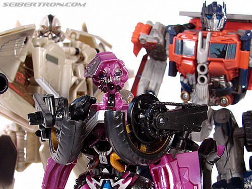 Transformers (2007) Battle Damaged Arcee (Image #69 of 72)