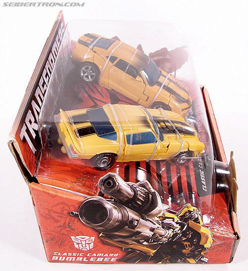 Transformers (2007) Battle Damaged Bumblebee (Image #7 of 99)