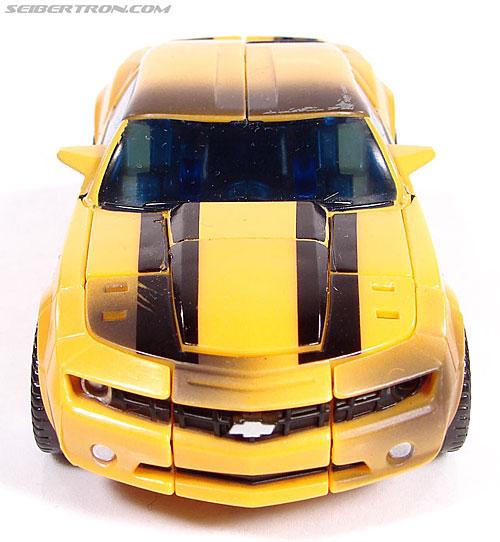 Transformers (2007) Battle Damaged Bumblebee (Image #23 of 99)