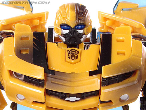 Transformers (2007) Battle Damaged Bumblebee gallery