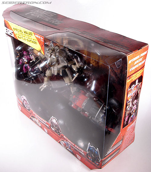Transformers (2007) Battle Damaged Optimus Prime (Image #16 of 144)