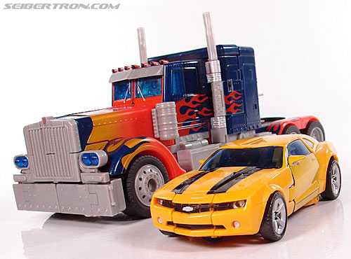 Transformers (2007) Bumblebee (Image #37 of 224)