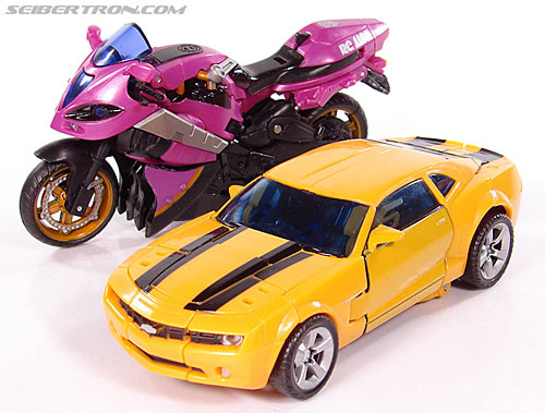 Transformers (2007) Bumblebee (Image #41 of 224)