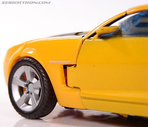 Transformers (2007) Bumblebee (Image #65 of 224)