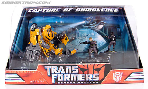 Transformers (2007) Screen Battles: Capture of Bumblebee (Image #1 of 156)