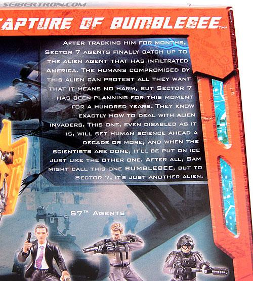 Transformers (2007) Screen Battles: Capture of Bumblebee (Image #14 of 156)