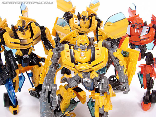 Transformers (2007) Screen Battles: Capture of Bumblebee (Image #155 of 156)