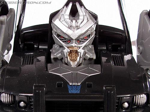 Transformers (2007) Blast Shield Barricade gallery