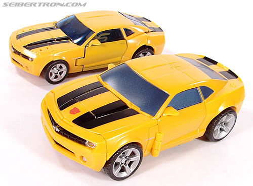 Transformers (2007) Plasma Punch Bumblebee (Image #18 of 72)