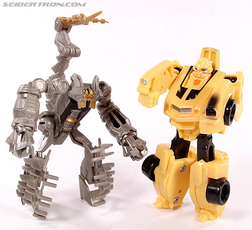 Transformers (2007) Bumblebee (Image #41 of 77)