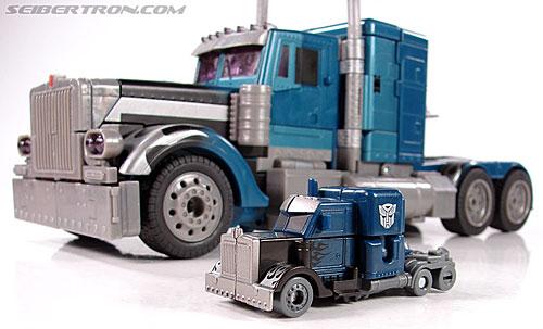Transformers (2007) Nightwatch Optimus Prime (Image #17 of 52)