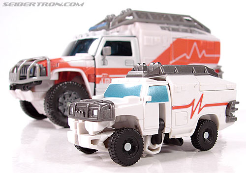 Transformers (2007) Rescue Ratchet (Image #17 of 48)