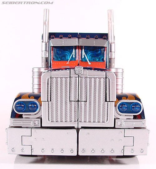 Transformers (2007) Premium Optimus Prime (Image #22 of 151)