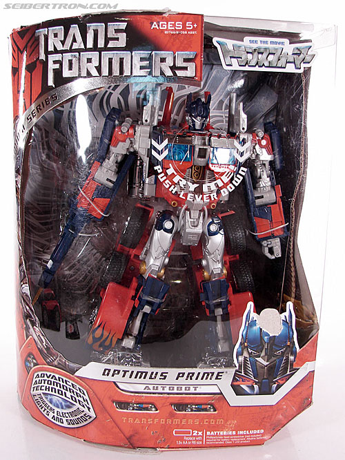 Transformers (2007) Premium Optimus Prime (Image #1 of 155)