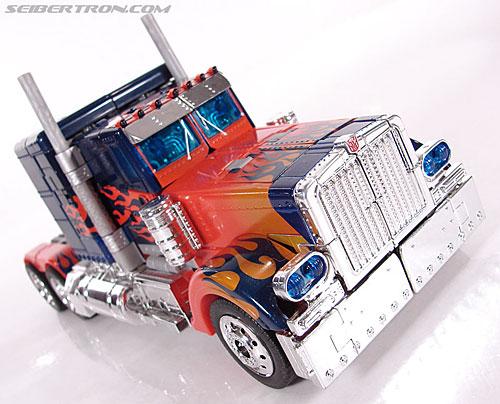 Transformers (2007) Premium Optimus Prime (Image #16 of 155)
