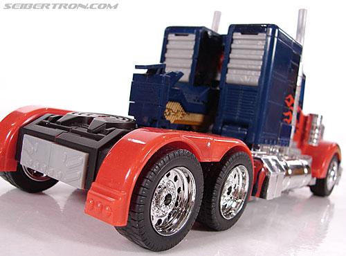Transformers (2007) Premium Optimus Prime (Image #19 of 155)