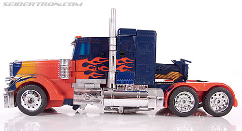Transformers (2007) Premium Optimus Prime (Image #23 of 155)