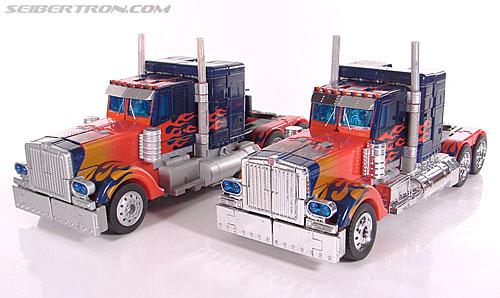 Transformers (2007) Premium Optimus Prime (Image #36 of 155)