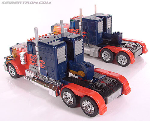 Transformers (2007) Premium Optimus Prime (Image #39 of 155)