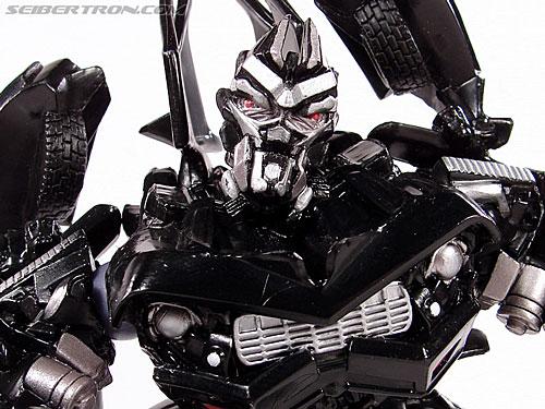 Transformers (2007) Barricade (Robot Replicas) (Image #41 of 63)