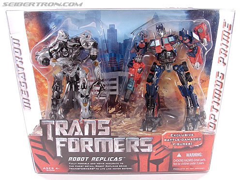 Transformers (2007) Battle Damaged Megatron (Robot Replicas) (Image #1 of 60)