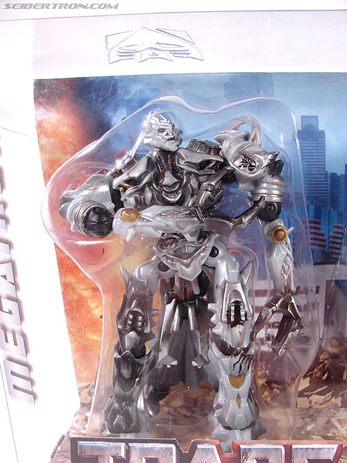 Transformers (2007) Battle Damaged Megatron (Robot Replicas) (Image #3 of 60)